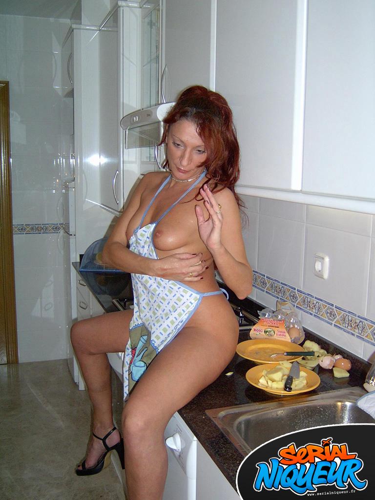 pute antony femme nue dans son jardin